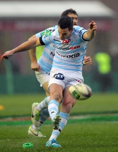 Jonathon Sexton kicks