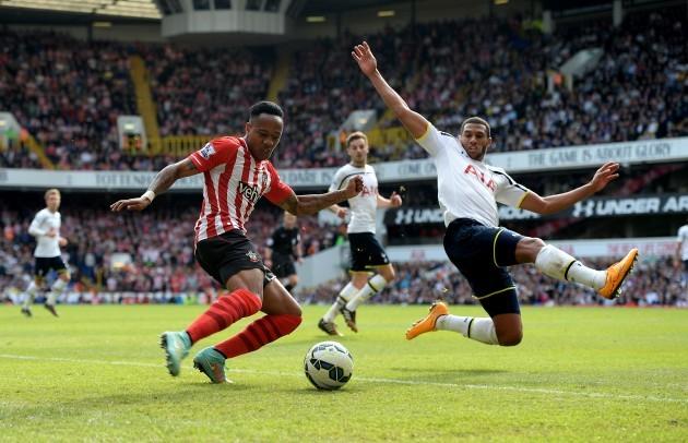 Soccer - Barclay's Premier League - Tottenham Hotspur v  Southampton - White Hart Lane