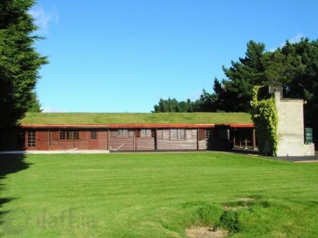 grass bungalow
