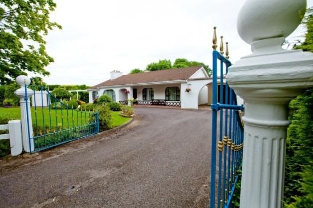 spanish villa offaly 2