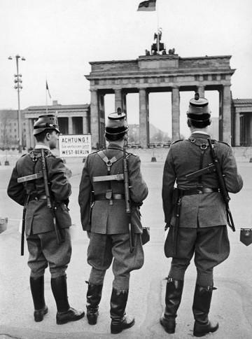 Germany Berlin Wall Police at the Brandenburg Gate