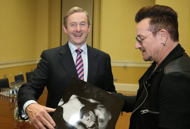 NO FEE BONO AND TAOISEACH ANNOUNCE 400 JOBS MX2