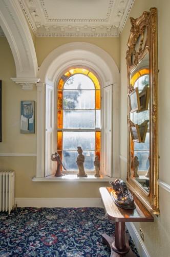 cameo window