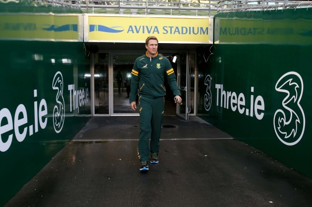 Jean de Villiers arrives