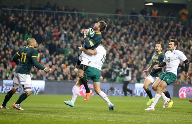 Rob Kearney tackles Willie le Roux