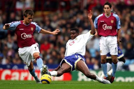 Soccer - FA Barclays Premiership - Aston Villa v Portsmouth