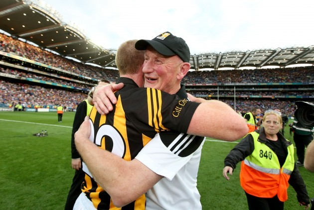 Brian Cody celebrates with Henery Shefflin after the game