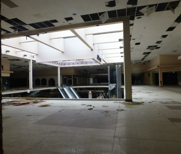 Rolling Acres Mall Interior