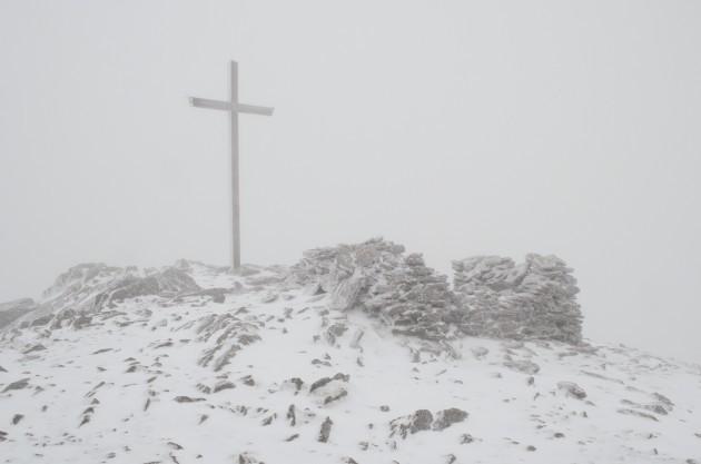 5m-high-summit-cross
