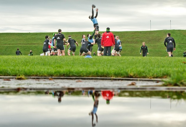 A general view of Munster line out training