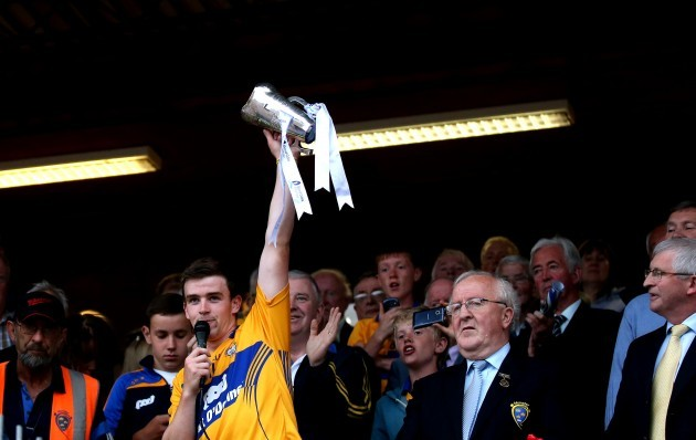 Tony Kelly lifts the trophy