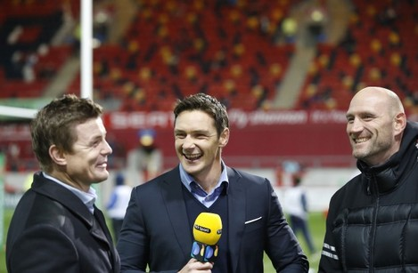 David Wallace shares a joke with Brian O'Driscoll and Lawrence Dallaglio before the match