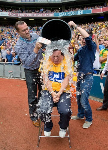 Marty Morrissey takes the ice bucket challenge