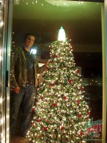 Mountain-Dew-Christmas-Tree-7