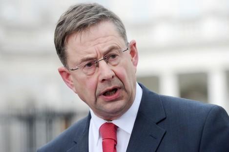 Eamon O Cuiv To Stay In Fianna Fail