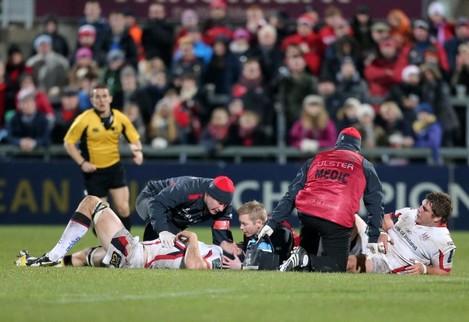 Wiehahn Herbst and Franco van der Merwe both go off with injuries