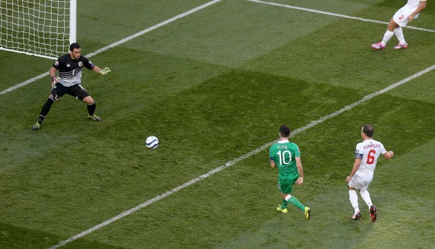 Robbie Keane scores the first goal