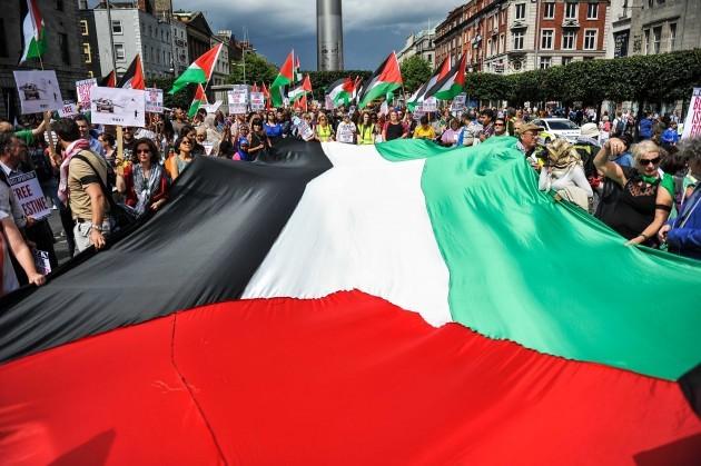 free-palestine-demonstration-dublins-oconnell-street-9082014-630x419-1