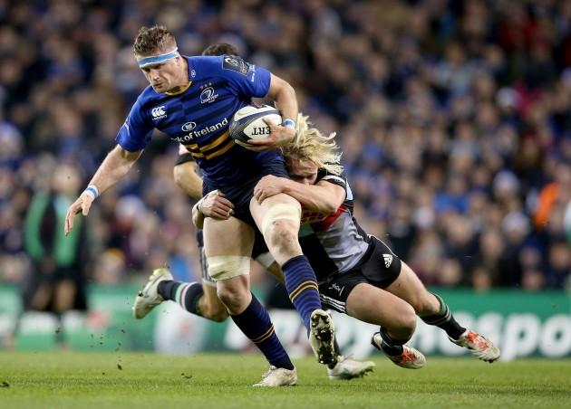 Jamie Heaslip tackled by Matt Hopper