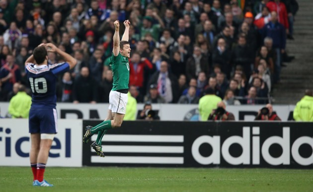 Brian OÕDriscoll celebrates at the final whistle