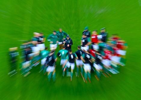 Ireland head coach Joe Schmidt speaks to his players