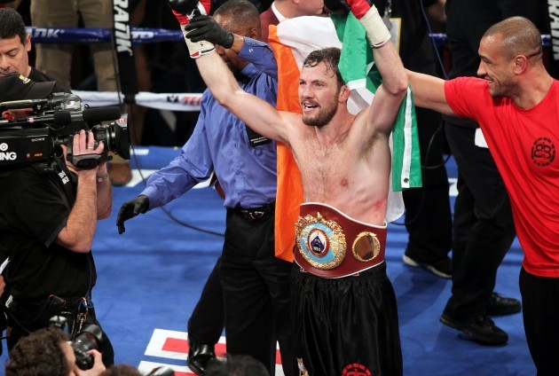 Andy Lee celebrates winning