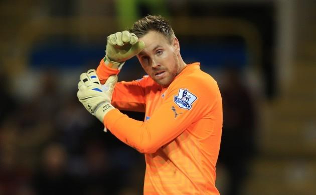 Soccer - Barclays Premier League - Burnley v Newcastle United - Turf Moor