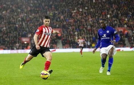 Soccer - Barclays Premier League - Southampton v Leicester City - St. Mary's