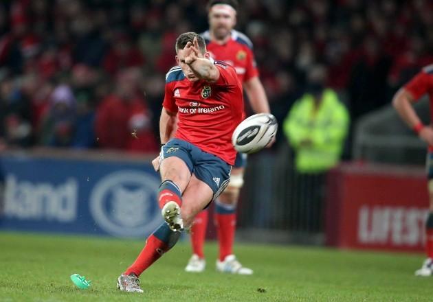 Ian Keatley kicks a penalty