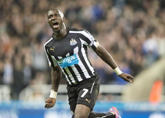 Soccer - Barclays Premier League - Newcastle United v Queens Park Rangers - St James' Park