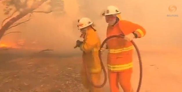 australia fires reuters vid