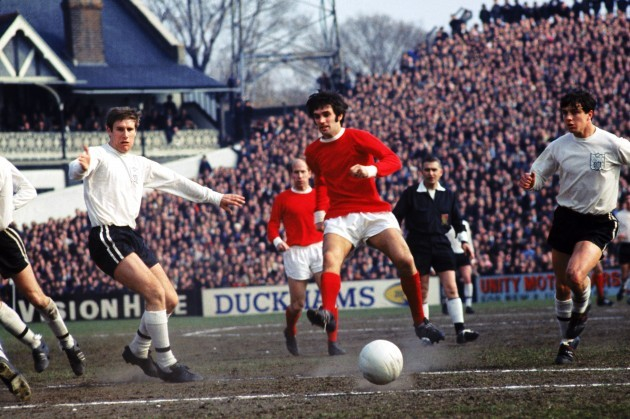 Soccer - League Division One - Fulham v Manchester United