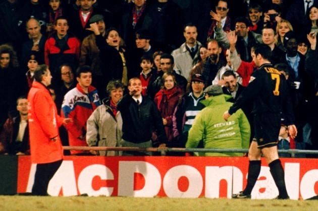 Soccer - FA Carling Premiership - Crystal Palace v Manchester United - Selhurst Park