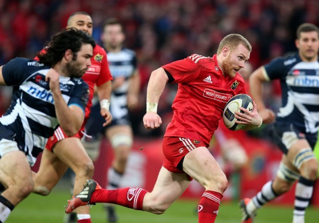 Keith Earls runs in for a try