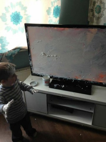 funny-TV-boy-paint-mess
