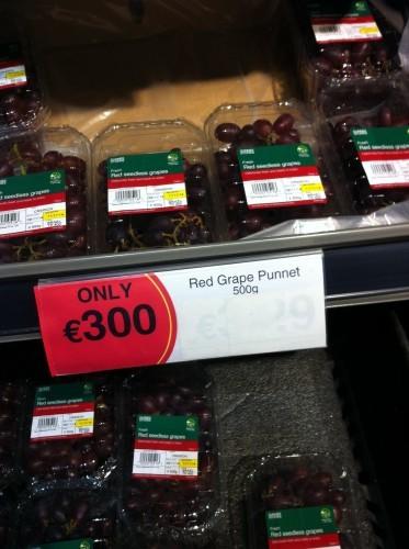 grapes4-373x500
