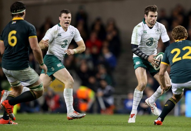 Jared Payne supported by Robbie Henshaw