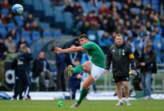 Ian Keatley kicks