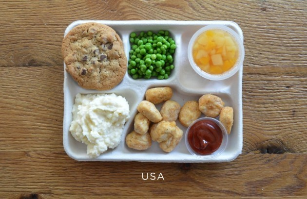 us-fried-popcorn-chicken-mashed-potatoes-peas-fruit-cup-chocolate-chip-cookie
