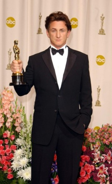 Film - 76th Academy Awards -  Kodak Theatre, Hollywood & Highland, Los Angeles
