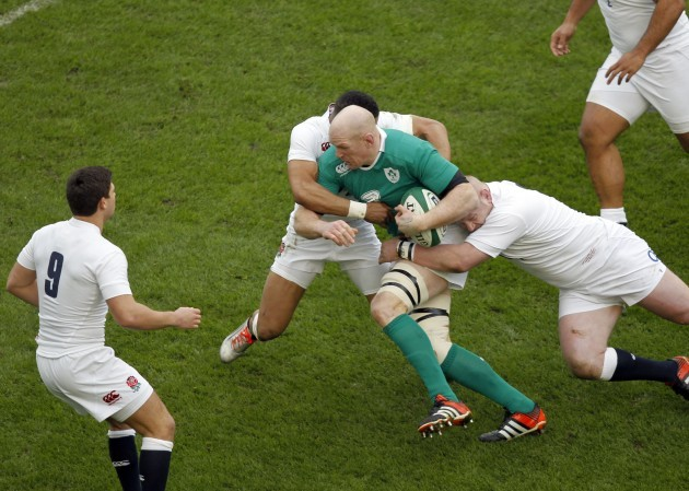 Paul O'Connell is tackled