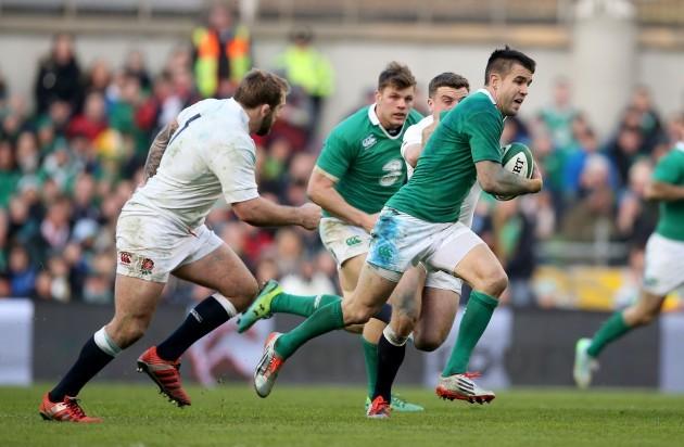Conor Murray makes a break