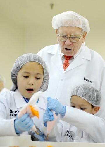 Warren Buffett leads See's Candies Factory Tour
