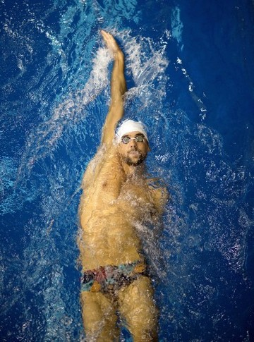 Phelps Comeback Swimming