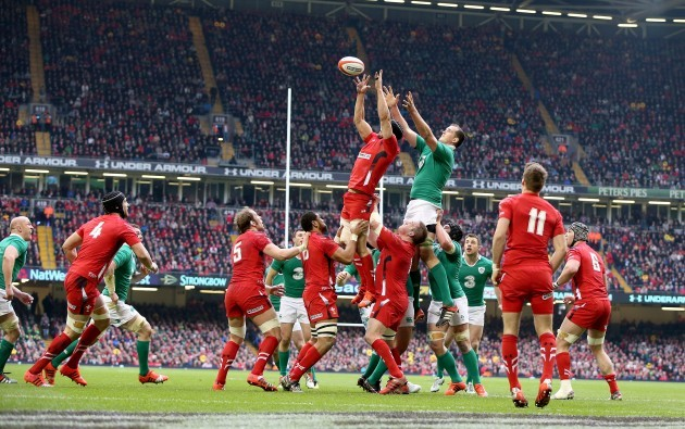 Devin Toner with Sam Warburton in the line-out