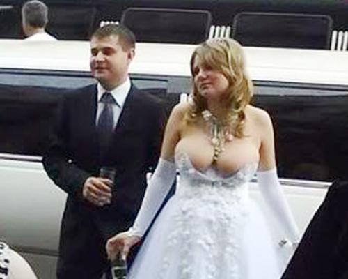 too-little-wedding-dress-2