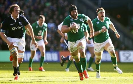 Sean O'Brien makes a break