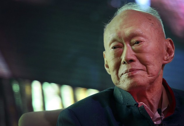 singapore-lee-kuan-yew-hospitalized-630x433