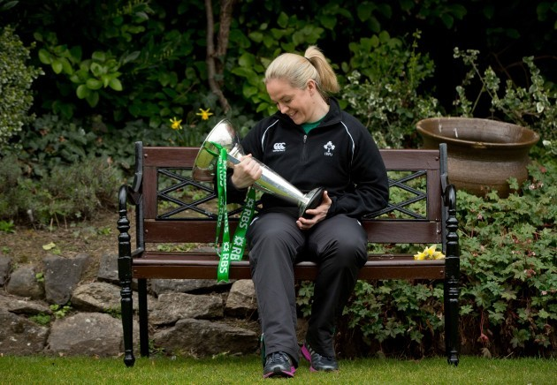 Niamh Briggs with the 6 Nations trophy