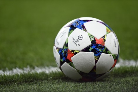 Soccer - UEFA Champions League - Round of 16 - Second Leg - Chelsea v Paris St Germain - Stamford Bridge